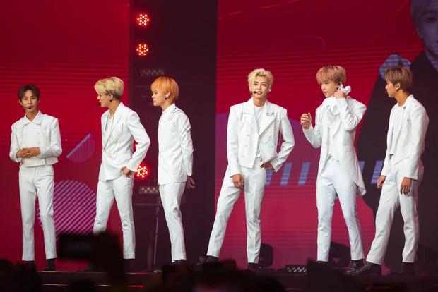 NCT Dream quá điển trai làm fan vỡ òa, bùng nổ hết mình với sân khấu đầu tiên tại Việt Nam - Ảnh 3.