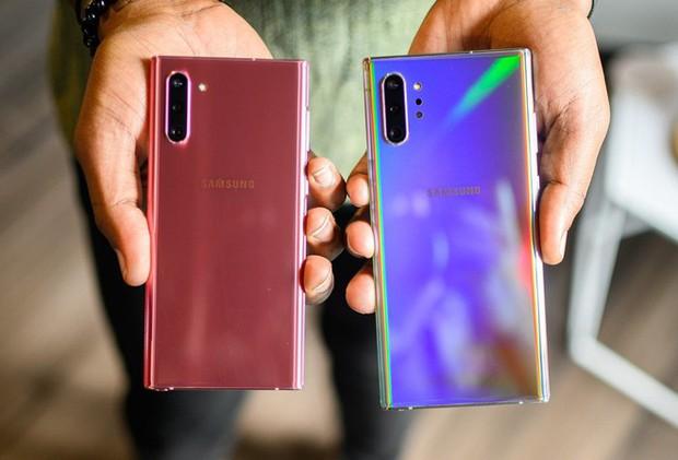 4 điểm hay ho mà năm nay Galaxy Note 10 đã làm tốt hơn những đời trước về mặt thiết kế - Ảnh 1.