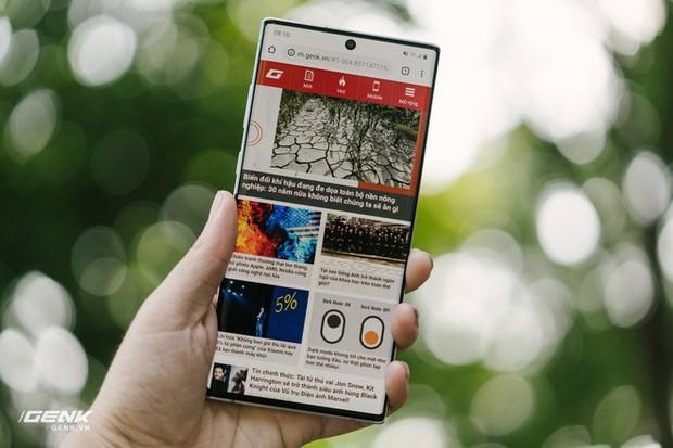 4 điểm hay ho mà năm nay Galaxy Note 10 đã làm tốt hơn những đời trước về mặt thiết kế - Ảnh 2.