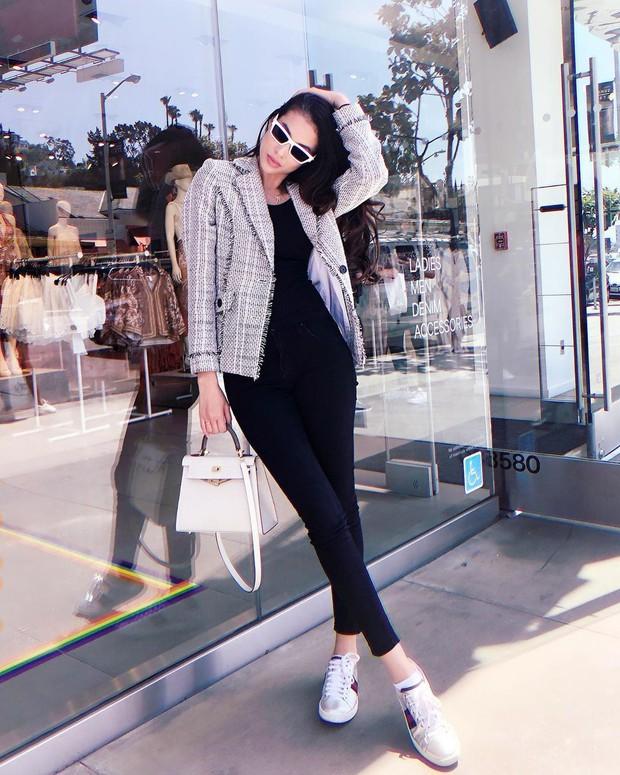 Nhìn phong độ thời trang trồi sụt của Phạm Hương để thấy: Đồ màu trung tính sang chảnh hóa style đỉnh thế nào - Ảnh 3.