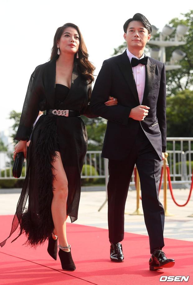 Thảm đỏ Seoul Drama Awards: Trương Ngọc Ánh - Anh Dũng tự tin, Ji Chang Wook quá bảnh, Jang Nara bị dàn mỹ nhân lấn át - Ảnh 1.