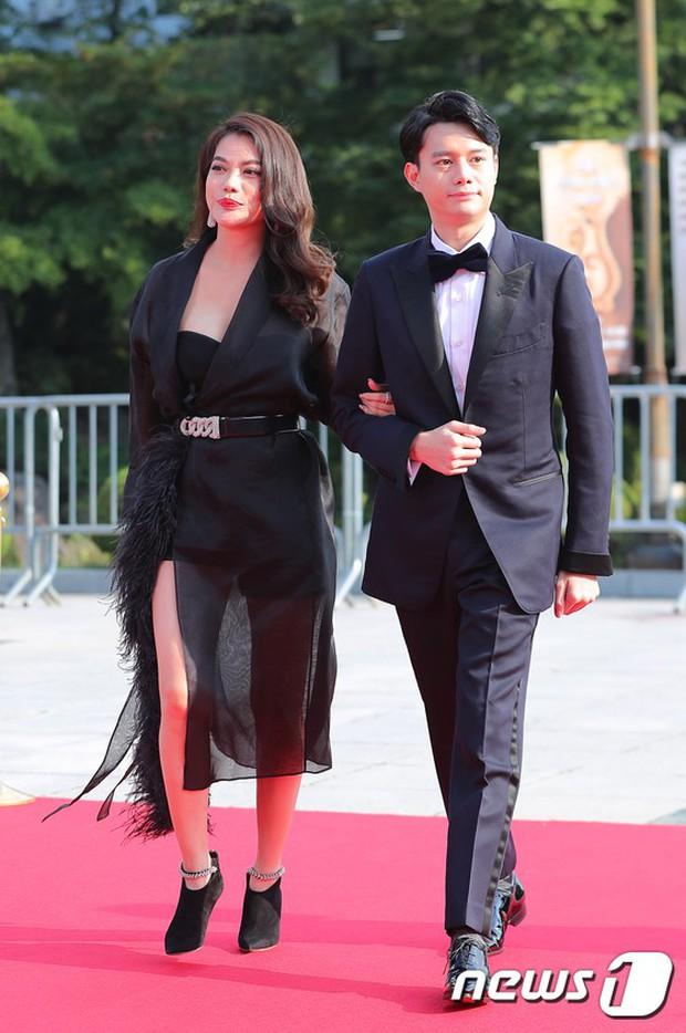 Thảm đỏ Seoul Drama Awards: Trương Ngọc Ánh - Anh Dũng tự tin, Ji Chang Wook quá bảnh, Jang Nara bị dàn mỹ nhân lấn át - Ảnh 3.