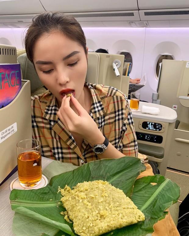 Cả Châu Bùi và Kỳ Duyên đều mê mẩn thức quà này của Hà Nội: người tự chế biến thành món ăn, người lên máy bay rồi còn cố mua vì thèm - Ảnh 9.