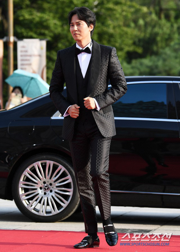 Thảm đỏ Seoul Drama Awards: Trương Ngọc Ánh - Anh Dũng tự tin, Ji Chang Wook quá bảnh, Jang Nara bị dàn mỹ nhân lấn át - Ảnh 24.