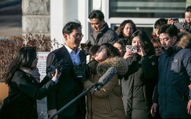 Giông tố lại bủa vây tập đoàn Samsung: Thái tử Lee Jae Yong có nguy cơ phải ngồi tù lần 2 - Ảnh 1.