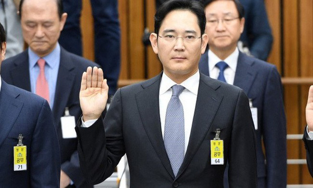 Giông tố lại bủa vây tập đoàn Samsung: Thái tử Lee Jae Yong có nguy cơ phải ngồi tù lần 2 - Ảnh 2.