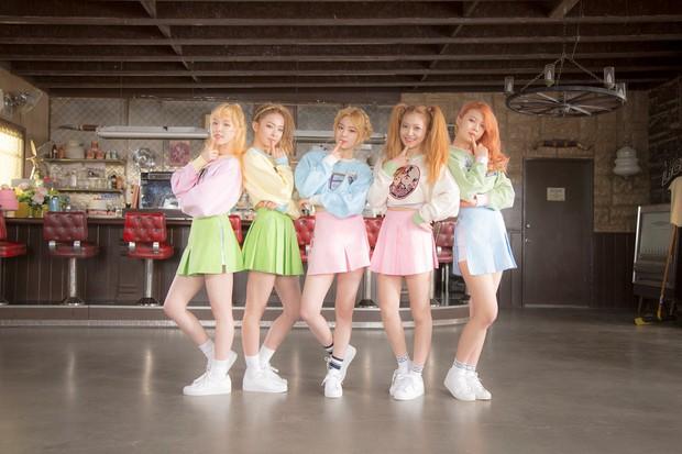 """Năm hoàng kim của SM với loạt gà chiến: SNSD lấy lại phong độ sau khi mất thành viên, Red Velvet vụt sáng còn EXO vững ngôi """"ông hoàng"""" - Ảnh 6."""