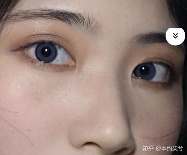 Bức ảnh gây tranh cãi: Con gái mắt đẹp, mũi đẹp, ngũ quan đều tốt mà mặt to thì cũng... vứt đi? - Ảnh 2.
