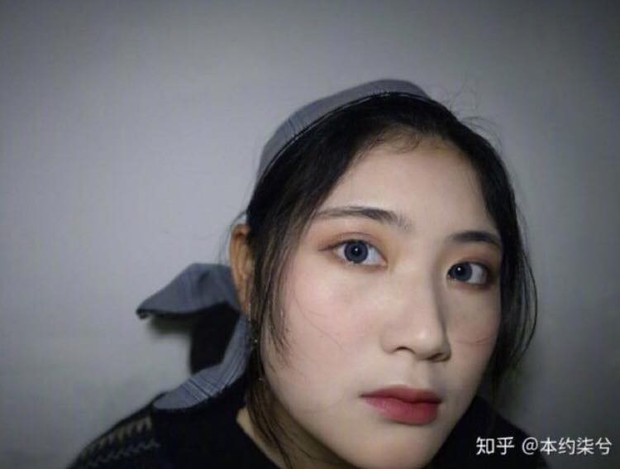 Bức ảnh gây tranh cãi: Con gái mắt đẹp, mũi đẹp, ngũ quan đều tốt mà mặt to thì cũng... vứt đi? - Ảnh 4.