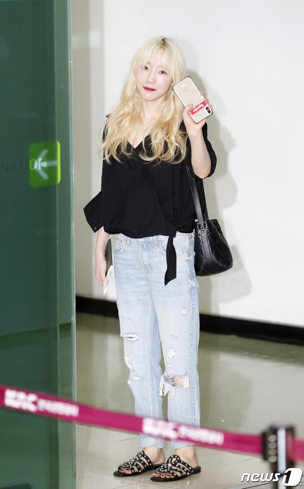 Loạt sao SM đổ bộ sân bay, Taeyeon ăn thịt đường tăng đến đẳng cấp nào mà đọ được với cả nữ thần Irene? - Ảnh 3.
