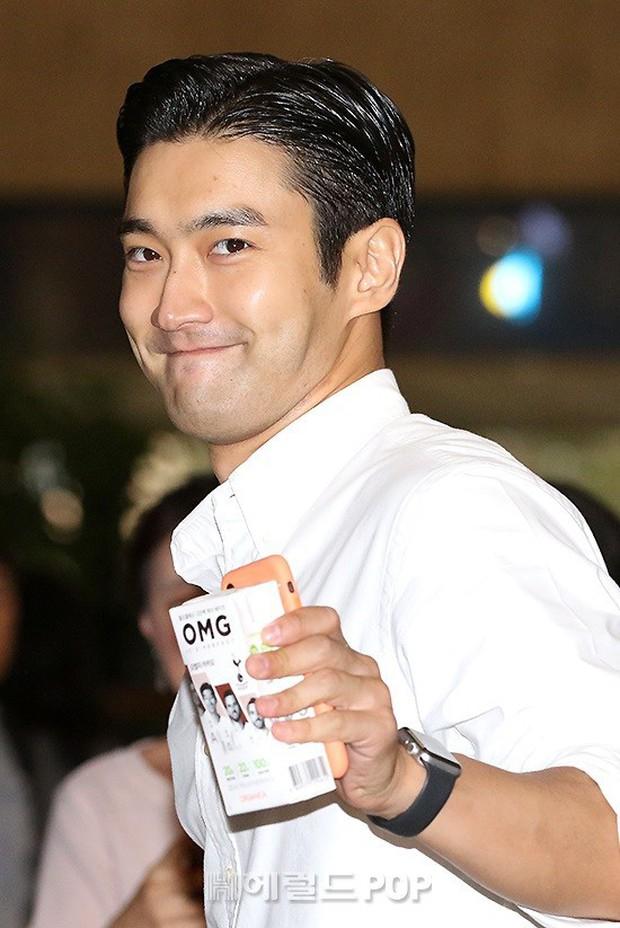 Loạt sao SM đổ bộ sân bay, Taeyeon ăn thịt đường tăng đến đẳng cấp nào mà đọ được với cả nữ thần Irene? - Ảnh 35.