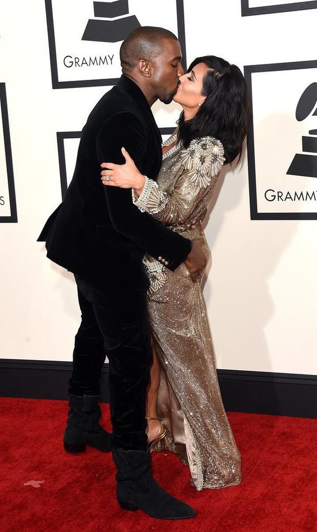 Những khoảnh khắc của các cặp sao Hollywood khiến fan phải đỏ mặt: Justin, Miley chưa gây sốc bằng vợ chồng Cardi B - Ảnh 5.