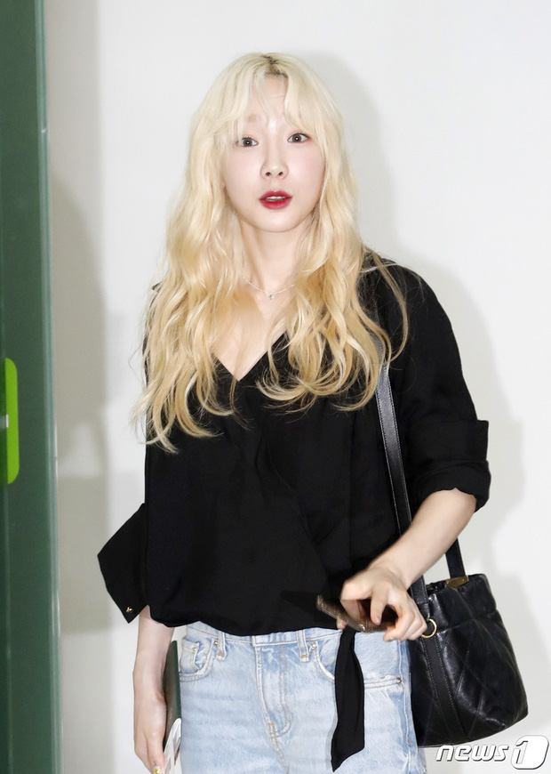 Loạt sao SM đổ bộ sân bay, Taeyeon ăn thịt đường tăng đến đẳng cấp nào mà đọ được với cả nữ thần Irene? - Ảnh 8.
