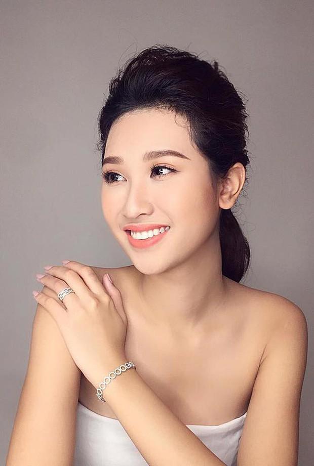 Info 3 người đẹp được dự đoán đăng quang Miss World Việt 2019: Nữ sinh Ngoại thương IELTS 7.5 vẫn dẫn đầu BXH! - Ảnh 12.