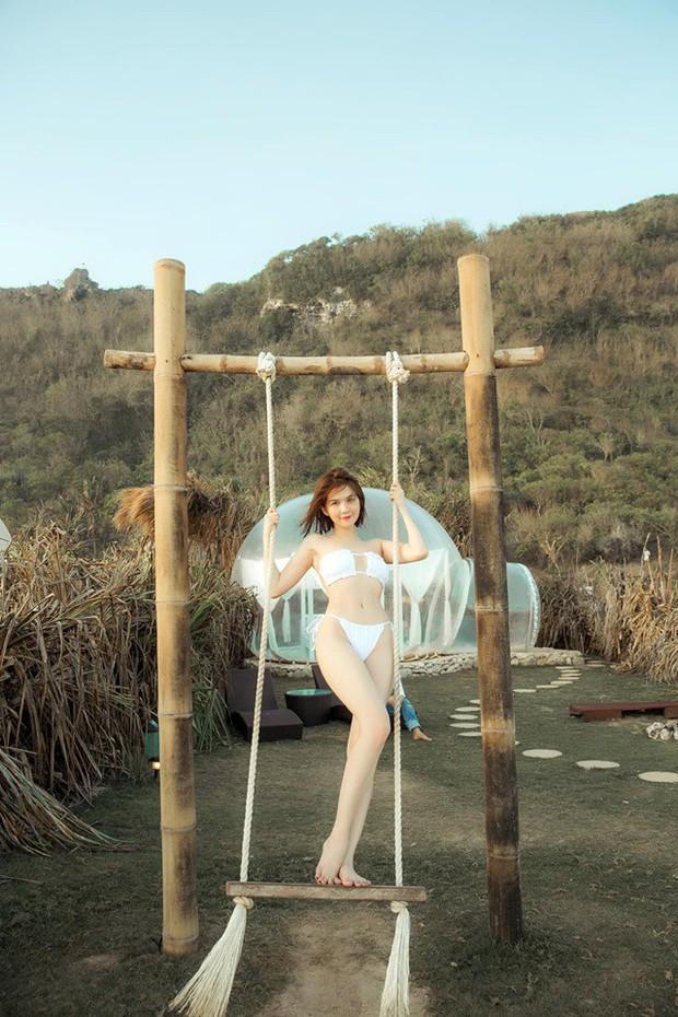 Sau ảnh nude 100% ở Bali, Ngọc Trinh lại gây sốt với loạt ảnh nội y khoe body nuột tuổi 30 - Ảnh 8.