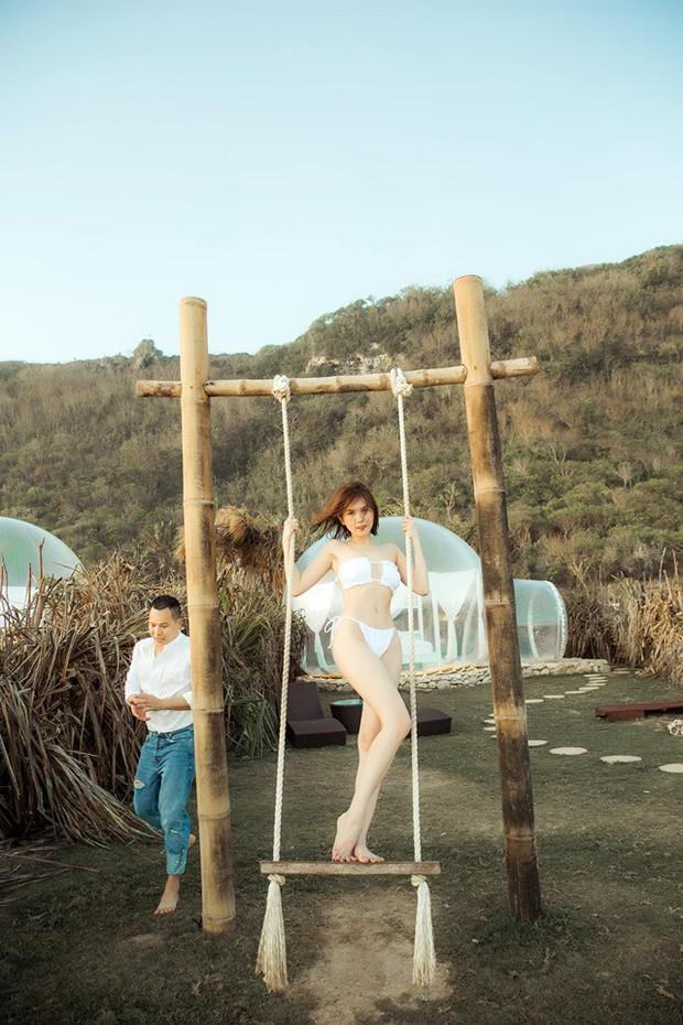 Sau ảnh nude 100% ở Bali, Ngọc Trinh lại gây sốt với loạt ảnh nội y khoe body nuột tuổi 30 - Ảnh 3.