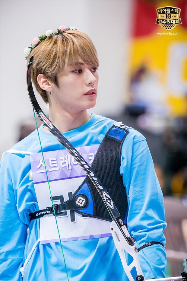 Dàn sao Hàn trong đại hội thể thao Idol: Tzuyu xứng danh nữ thần bắn cung, mỹ nam Stray Kids gây chú ý - Ảnh 11.