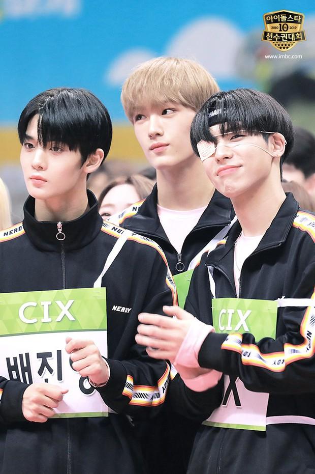 Dàn sao Hàn trong đại hội thể thao Idol: Tzuyu xứng danh nữ thần bắn cung, mỹ nam Stray Kids gây chú ý - Ảnh 22.
