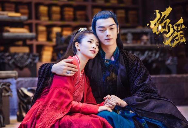"""2 cặp đôi màn ảnh được """"thuyền trưởng"""" Vu Chính đu đưa nhiệt tình, thách thức cả netizen làm gì được tui? - Ảnh 6."""