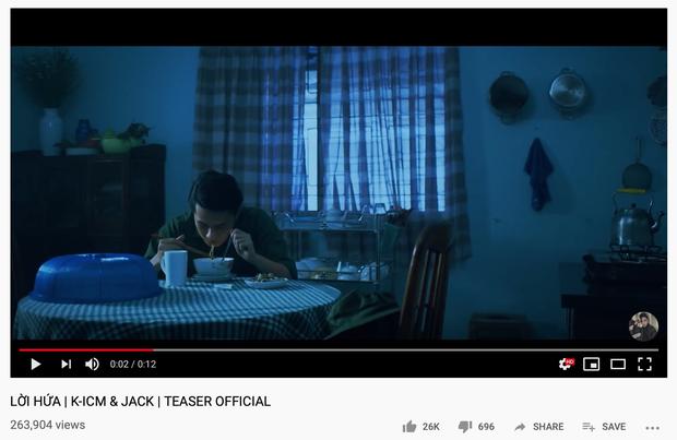 Jack mặc chiếc áo bộ đội quen thuộc trong teaser, MV Lời hứa sẽ là một tiền truyện kết nối Hồng Nhan - Bạc Phận - Sóng Gió? - Ảnh 2.