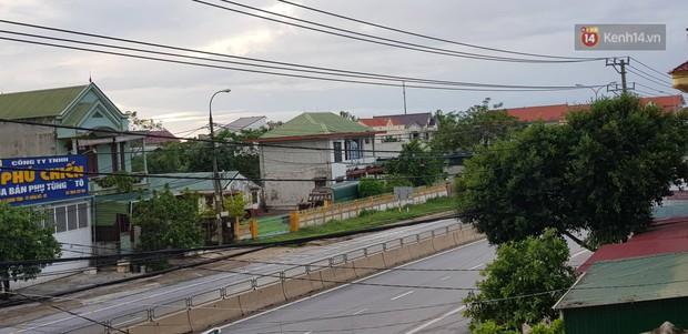 Bão số 4 đã suy yếu thành áp thấp nhiệt đới, miền Trung vẫn có mưa vừa, mưa to - Ảnh 2.