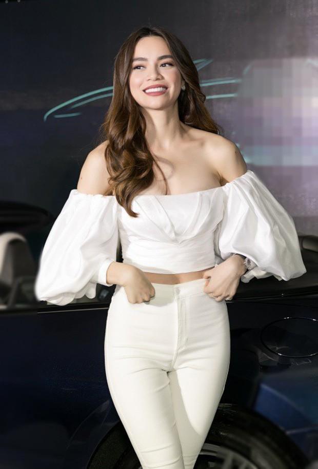 Hồ Ngọc Hà khiến netizen giật mình thon thót khi diện váy o ép, vòng 1 lại chỉ muốn trào ra ngoài - Ảnh 4.