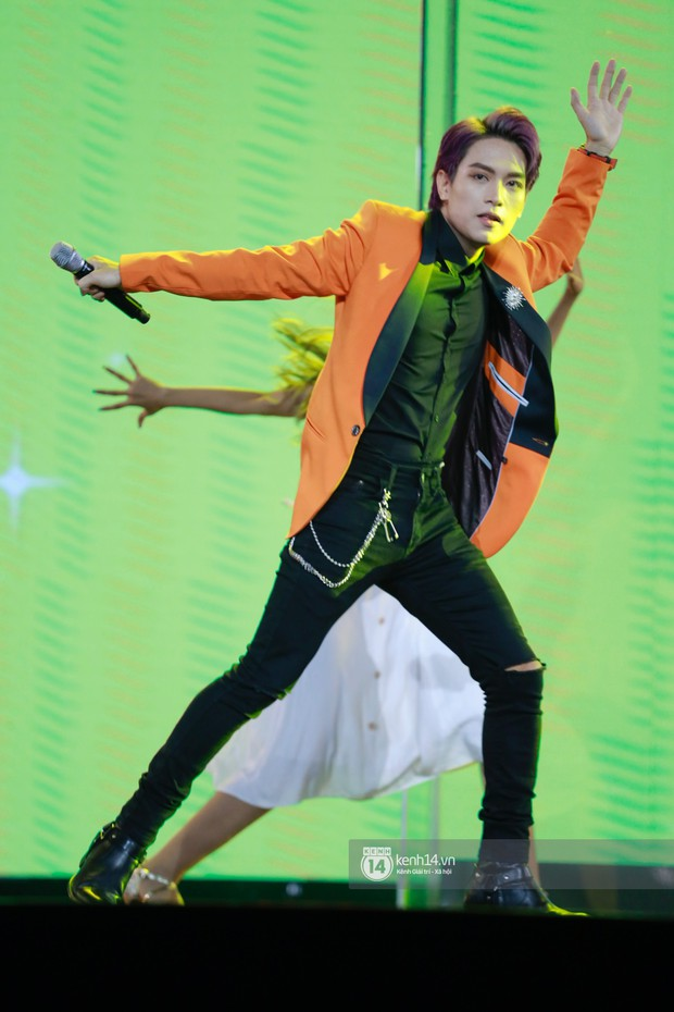 Chi Pu sắc lạnh, Ngô Kiến Huy làm fan phải truyền thái y gấp, cùng tân binh CIX và dàn sao Vpop khuấy động show diễn Hàn-Việt - Ảnh 17.