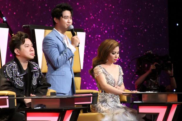 Minh Tuyết bật khóc khi kể lại chuyện tình vợ chồng ca sĩ Họa Mi và nghệ sĩ saxophone Tấn Quốc - Ảnh 4.