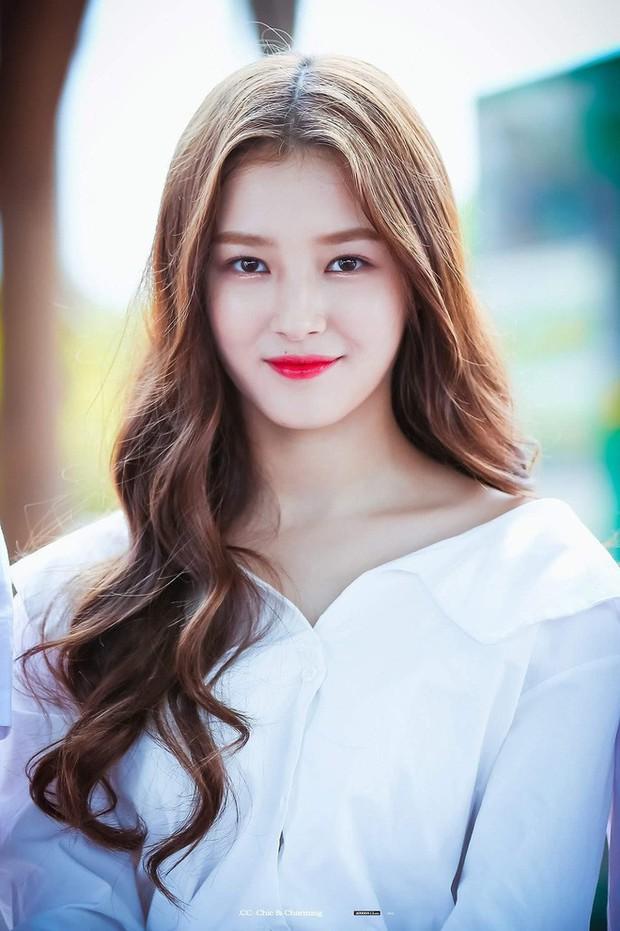 Hội idol nữ Kpop sinh năm 2000 này mà lập thành unit thì hết xảy: Trẻ trung, tài năng, visual cái gì cũng có! - Ảnh 3.