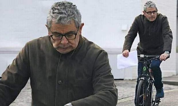 Mr. Bean gây bất ngờ với bộ dạng già nua sau khi xuất hiện trên TV Show - Ảnh 1.