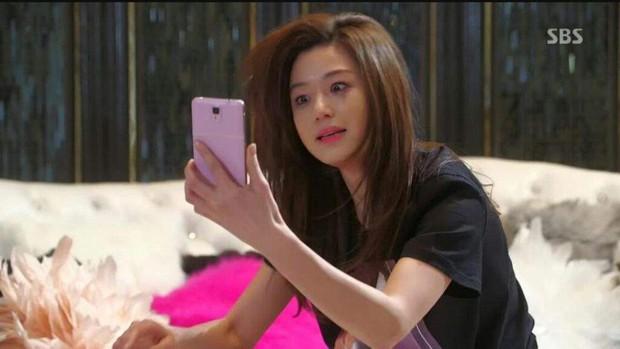 Soi dàn diễn viên Vì Sao Đưa Anh Tới 2 bản Thái - Hàn: Mợ chảnh tiểu tam bản Thái ăn đứt Jeon Ji Hyun ở điểm này - Ảnh 10.