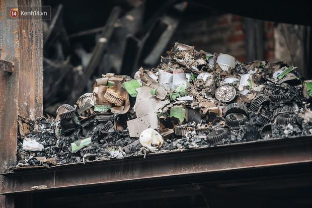 Công bố kết quả kiểm tra môi trường sau vụ cháy nhà máy Rạng Đông - Ảnh 2.