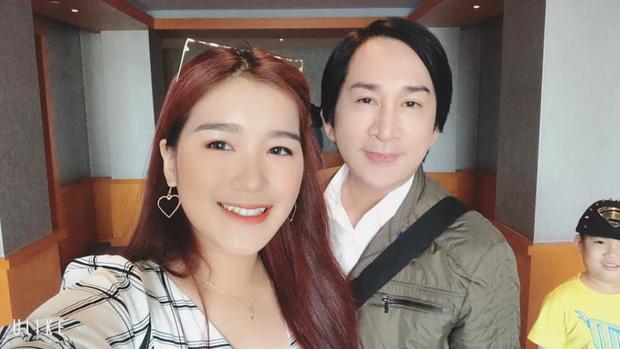 Con gái sinh năm 2000 của NSƯT Kim Tử Long sở hữu nhan sắc thu hút, vừa học vừa giúp bố quản lý nhà hàng - Ảnh 1.