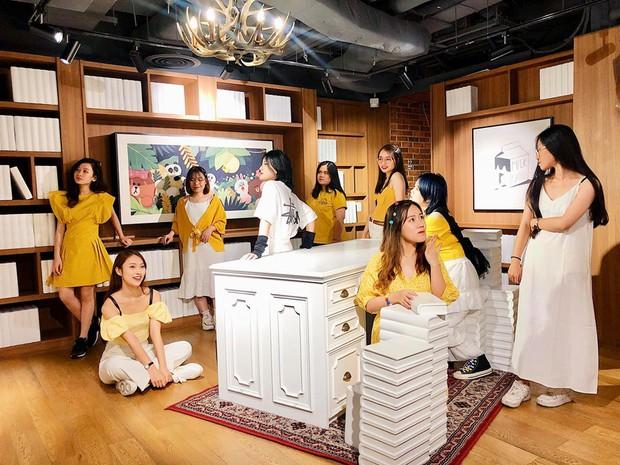 Hot girl 7 thứ tiếng Khánh Vy kể chuyện đi đu đưa cùng hội bạn thân ở Thái Lan: Lúc đi hết mình lúc về ngủ ngoài đường! - Ảnh 9.