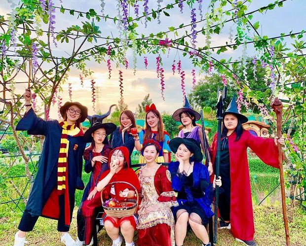 Hot girl 7 thứ tiếng Khánh Vy kể chuyện đi đu đưa cùng hội bạn thân ở Thái Lan: Lúc đi hết mình lúc về ngủ ngoài đường! - Ảnh 10.