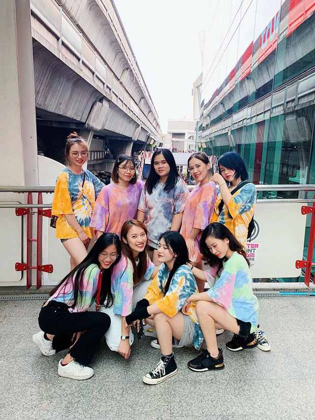 Hot girl 7 thứ tiếng Khánh Vy kể chuyện đi đu đưa cùng hội bạn thân ở Thái Lan: Lúc đi hết mình lúc về ngủ ngoài đường! - Ảnh 5.
