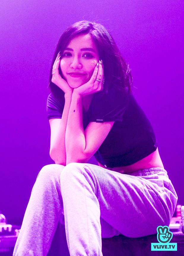 Bích Phương diễn tập trước show ở Indonesia: Khoe eo thon, chuẩn bị cho sân khấu trước MAMAMOO, Monsta X - Ảnh 10.