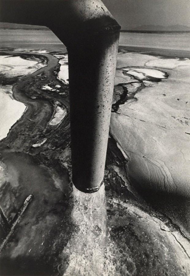 Thảm họa thủy ngân Minamata: 27 tấn chất thải hóa học đổ ra biển và nỗi đau đớn kéo dài hơn nửa thế kỷ - Ảnh 3.