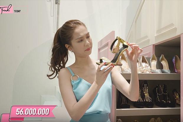 """Bị dân mạng thách đố chán chê, Ngọc Trinh đã đưa ra câu trả lời về việc sắm đôi giày nơ """"quét đất"""" gần 60 triệu VNĐ - Ảnh 6."""