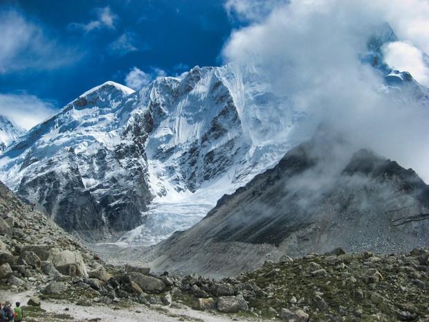 Đỉnh Everest cao nhất thế giới thì ai cũng biết nhưng đảm bảo 90% bạn sẽ trả lời sai vị trí chính xác của ngọn núi - Ảnh 5.