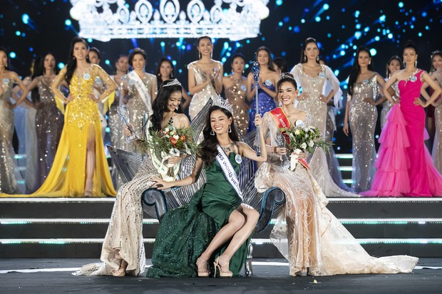 Chung kết Miss World Việt Nam 2019: Thí sinh nhan sắc vẹn toàn nhưng váy áo lại lắm lỡ làng - Ảnh 1.