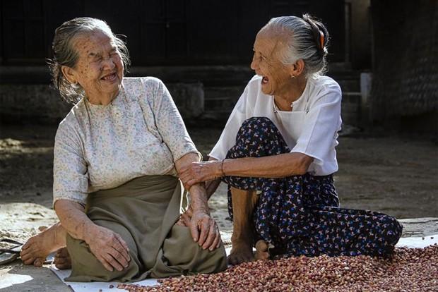 Những khoảnh khắc hạnh phúc giản dị khiến bạn cũng thấy vui lây - Ảnh 1.