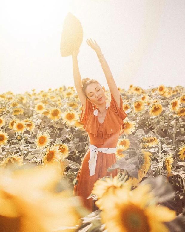 Ngoài màu vàng, gam màu cam đất cũng cực đẹp và thích nhất là lên đồ sống ảo không chê vào đâu được - Ảnh 12.