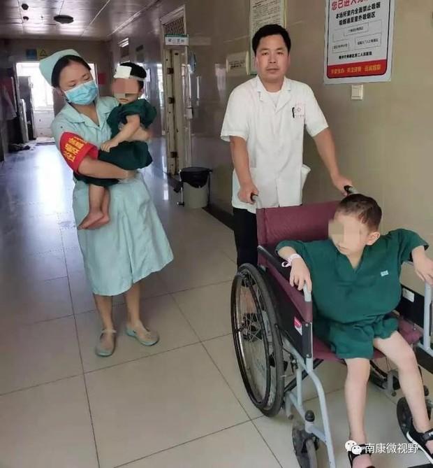 Tai nạn xe khiến đôi vợ chồng tử vong, 2 con may mắn sống sót và câu nói của đứa trẻ lớn hơn khiến ai cũng xót xa - Ảnh 3.