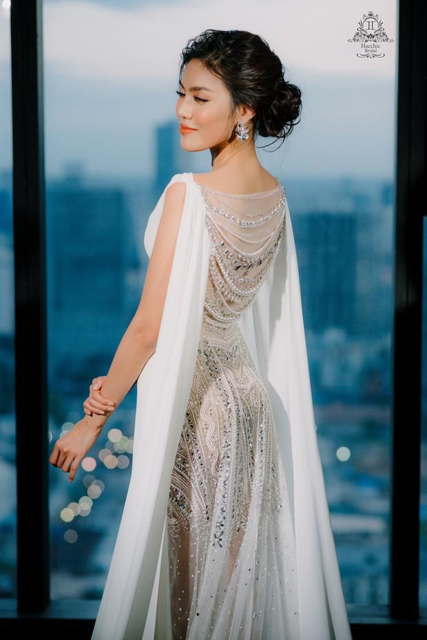 Bóc loạt bí mật đằng sau váy cưới của các mỹ nhân Việt đình đám - Ảnh 8.