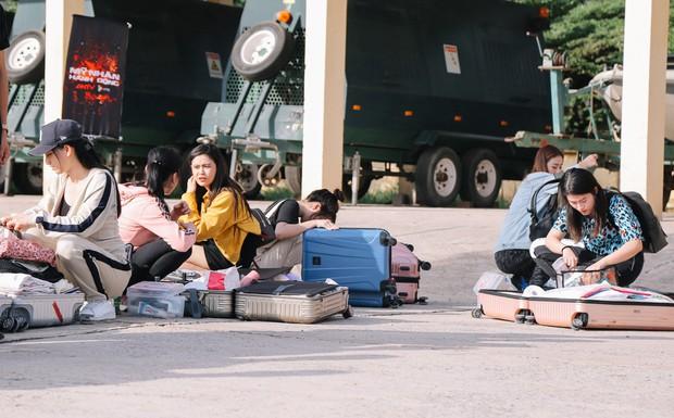 Mỹ nhân hành động: Ngọc Thanh Tâm, Phương Oanh bật khóc, đòi gặp BTC vì luật chơi quá khắc nghiệt - Ảnh 2.