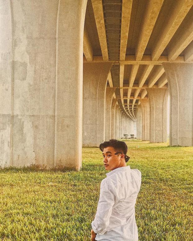 Góc sống ảo hot nhất với giới trẻ An Giang hiện tại chính là... chân một cây cầu: Nghe hơi vô lý nhưng nhìn hình sẽ thấy rất thuyết phục! - Ảnh 5.