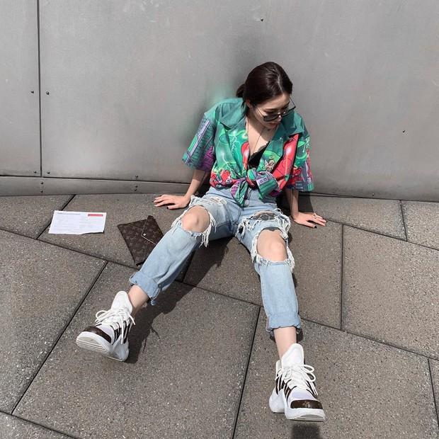 #kenh14streetstyle: Tuyển tập bí kíp diện đồ suông rộng siêu cool mà vẫn nịnh dáng ăn hình - Ảnh 1.