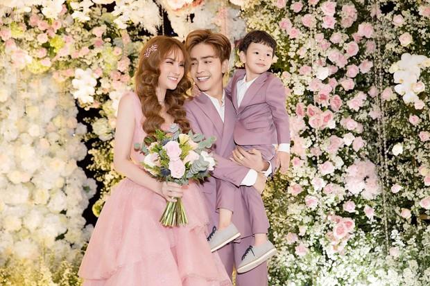 Thu Thủy tổ chức hôn lễ với chồng trẻ Kin Nguyễn vào tháng 7 vừa qua.