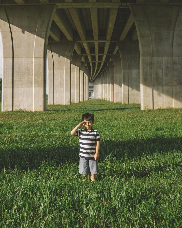 Góc sống ảo hot nhất với giới trẻ An Giang hiện tại chính là... chân một cây cầu: Nghe hơi vô lý nhưng nhìn hình sẽ thấy rất thuyết phục! - Ảnh 4.